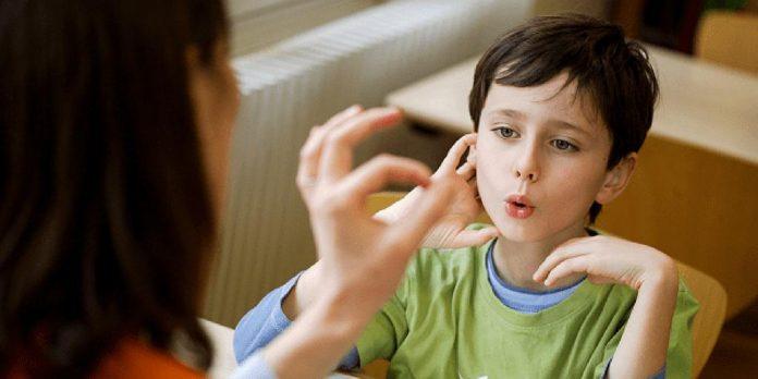 Nguyên nhân trẻ nói ngọng và hướng dẫn cách chữa nói ngọng cho bé các bậc cha mẹ cần phải biết